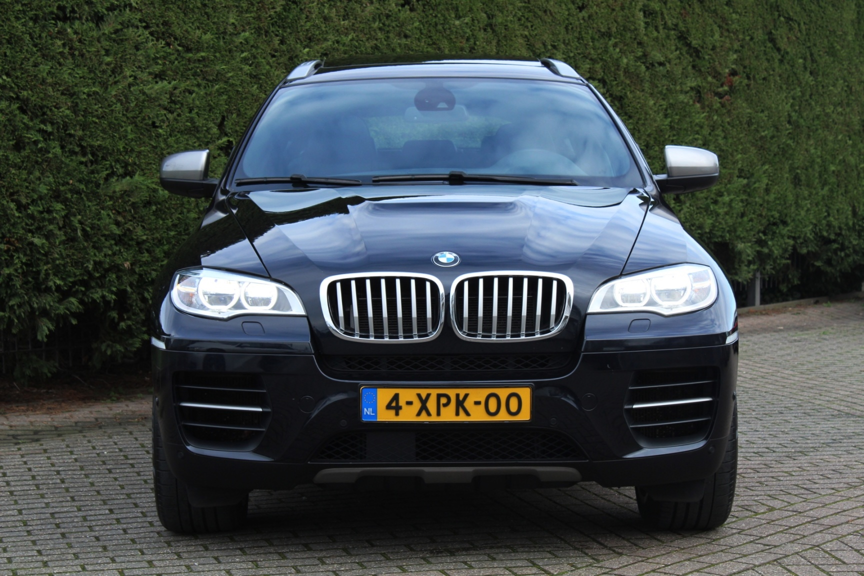 BMW-X6-3