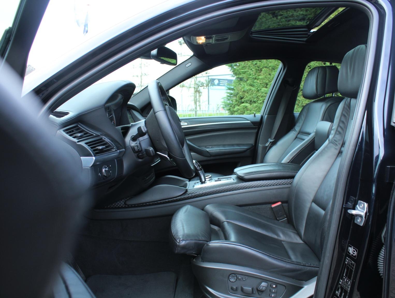 BMW-X6-8